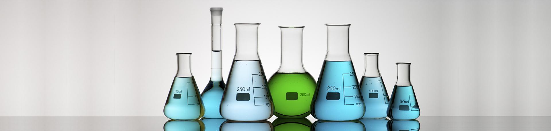 Glass flasks SiChem laboratory